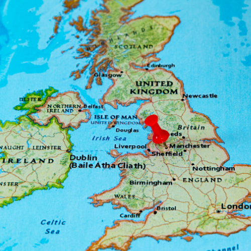 map of england with pin on manchester